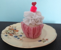 https://artesamao.wordpress.com/2014/12/01/cupcake/